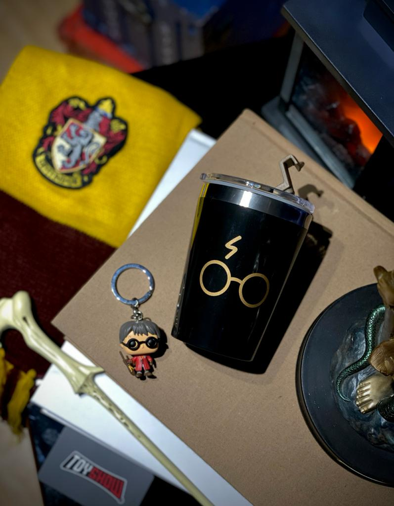 Copo Para Viagem Óculos Harry Potter: Harry Potter (300ml)