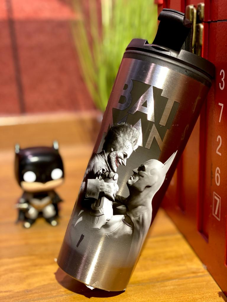Copo Térmico Batman Vs Coringa: ( Batman Arkhan City ) (450ML)