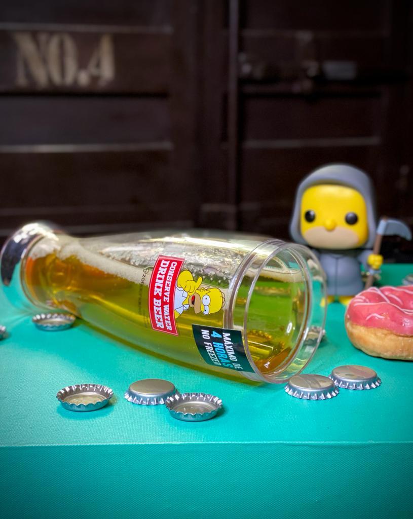 "Copo Tulipa de Chopp Congelável ""Conserve water Drink Beer"": Os Simpsons - (450ML)"