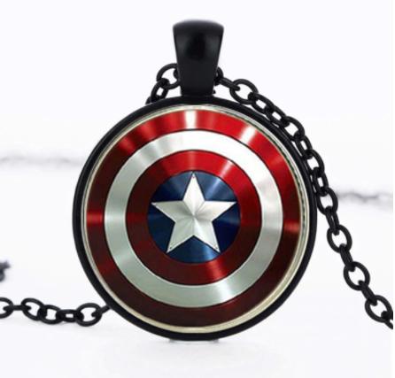 Corrente Colar Com Pingente Escudo Capitão America (Preto) Marvel - EVALI