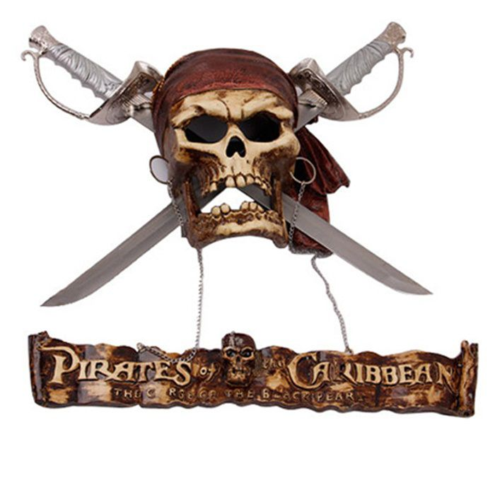 Crânio com Espadas Decorativa: Piratas do Caribe (Pirates of the Caribbean)
