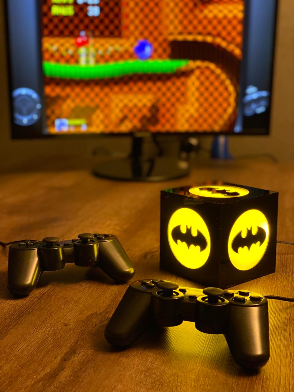 Cubo Retrô Box Batman: Fliperama Arcade Game (20.000 Jogos) PlayStation/Nintendo/SNES/Mega Drive/Sega Saturn