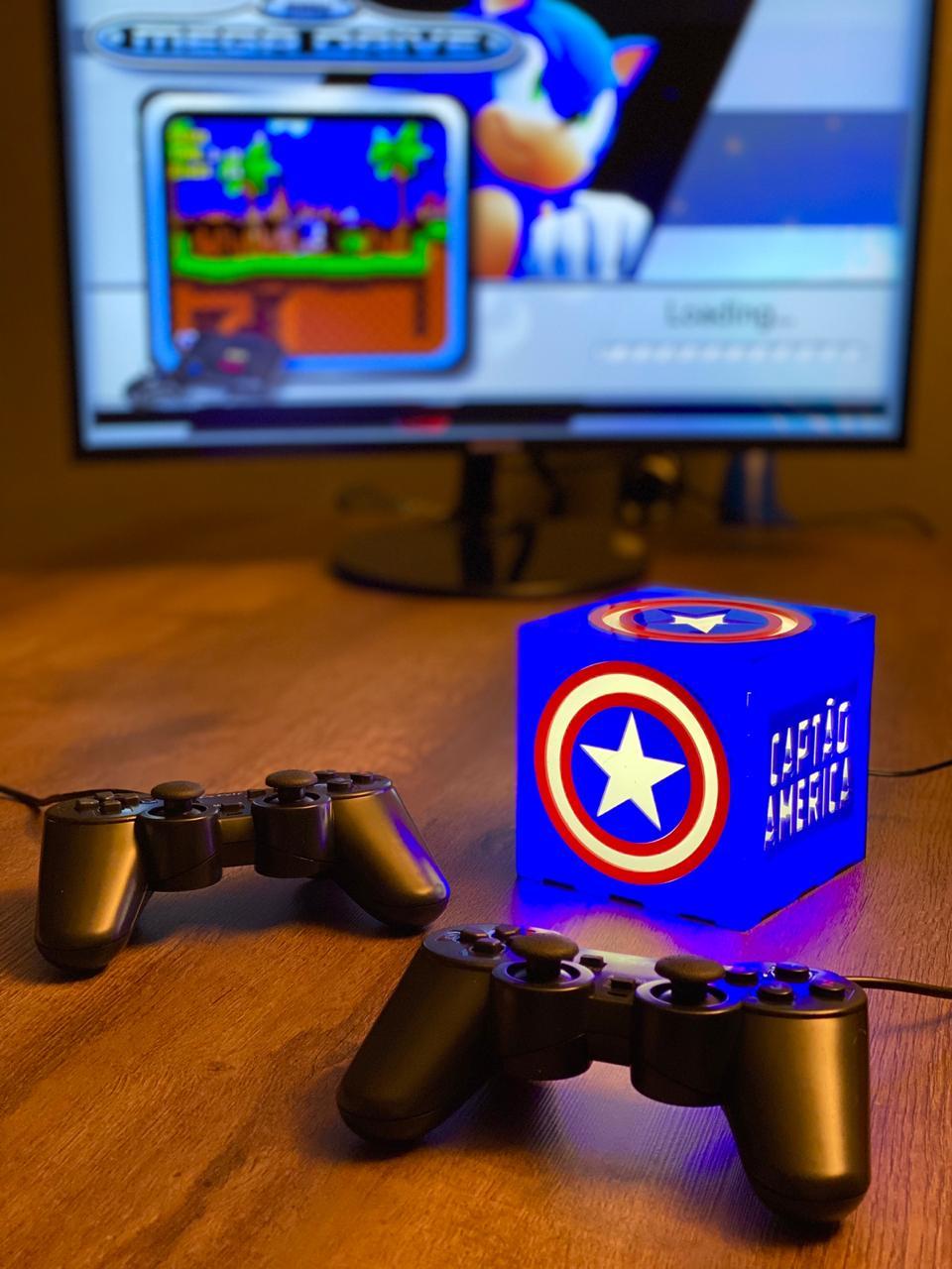 Cubo Retrô Box Capitão América: Fliperama Arcade Game (20.000 Jogos) PlayStation/Nintendo/SNES/Mega Drive/Sega Saturn
