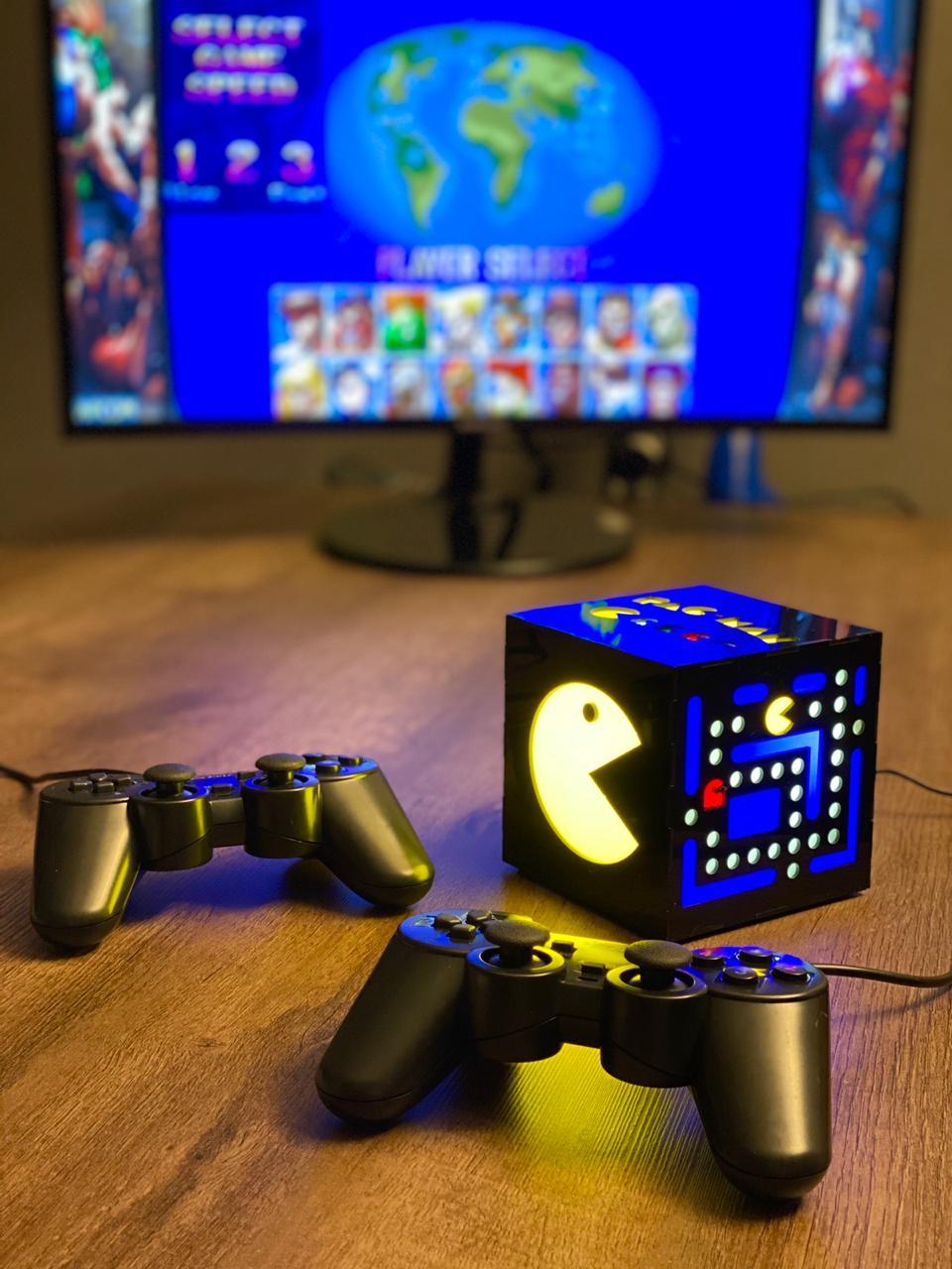 Cubo Retrô Box Pac-Man: Fliperama Arcade Game (20.000 Jogos) PlayStations/Nintendo/Super Nintendo/Mega Drive/Sega Saturn