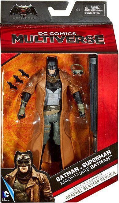 Boneco Knightmare Batman: Batman vs Superman: A Origem da Justiça DC Comics Multiverse (Grapnel Blaster Replica) - Mattel Toys