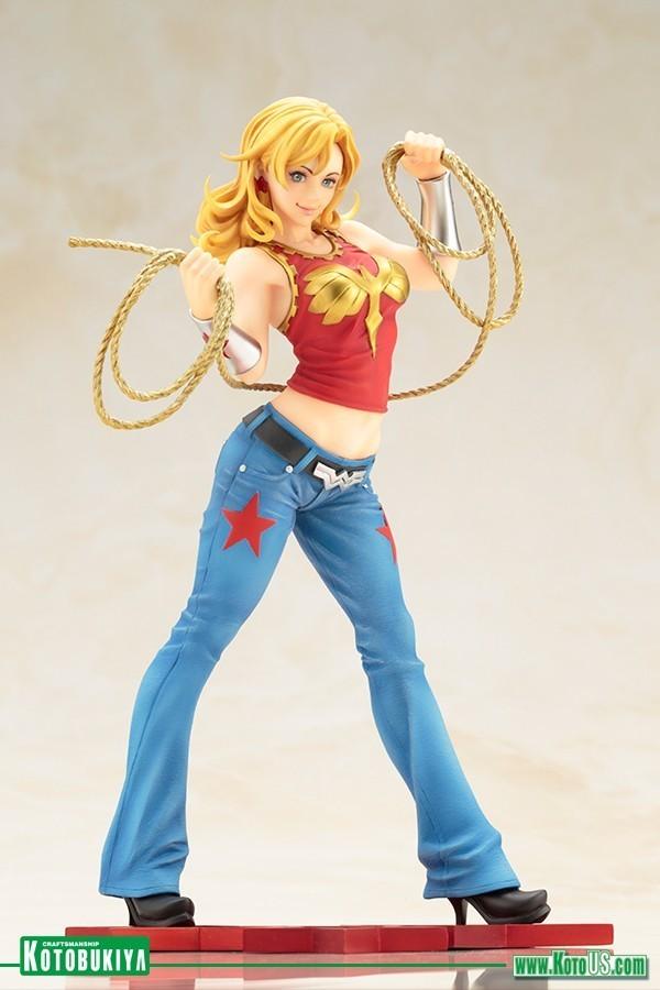 Estátua Mulher Maravilha (Wonder Girl) Bishoujo: DC Comics Statue Escala 1/7 - Kotobukiya