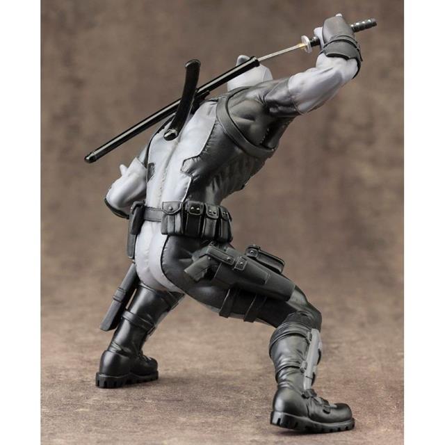 Estátua Deadpool X-Force: Marvel Now! ArtFX+ Statue Escala 1/10 - Kotobukiya