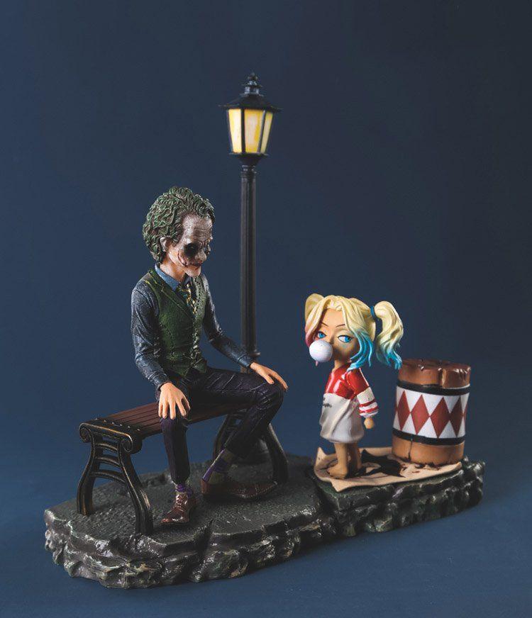 Diorama Estátua Arlequina & Coringa (Harley Quinn & Joker): DC Comics