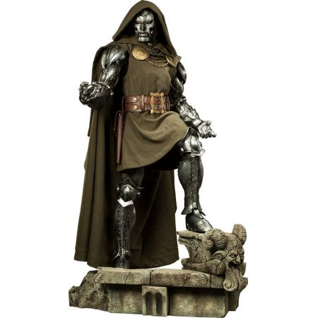 Doctor Doom Legendary Figure - Sideshow