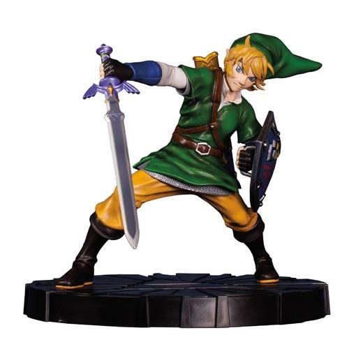 Estátua Link: The Legend of Zelda: Skyward Sword - Dark Horse (Apenas Venda Online)