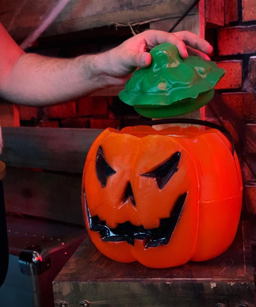 Enfeite Decorativa Abóbora Moranga Com Tampa Pequena: Terror Halloween Dia das Bruxas