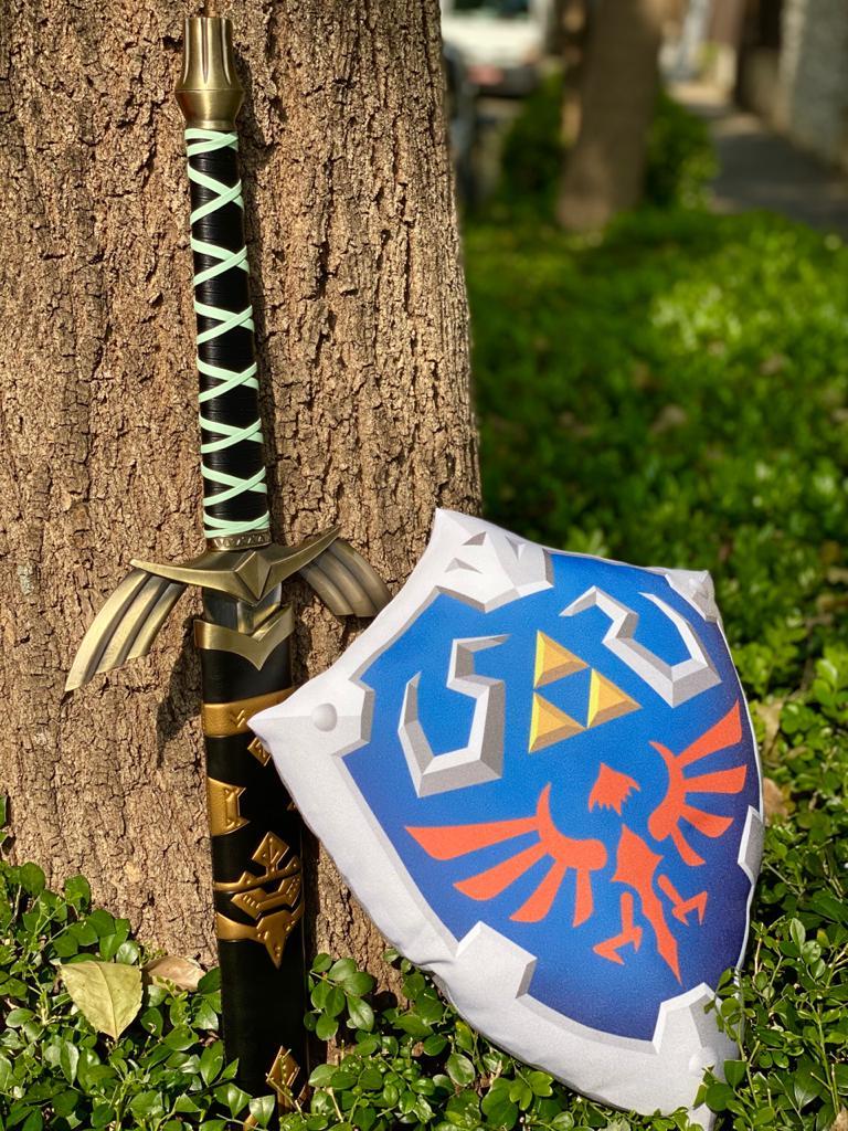 Espada Link (Master Sword) Preto: The Legend of Zelda (125cm)
