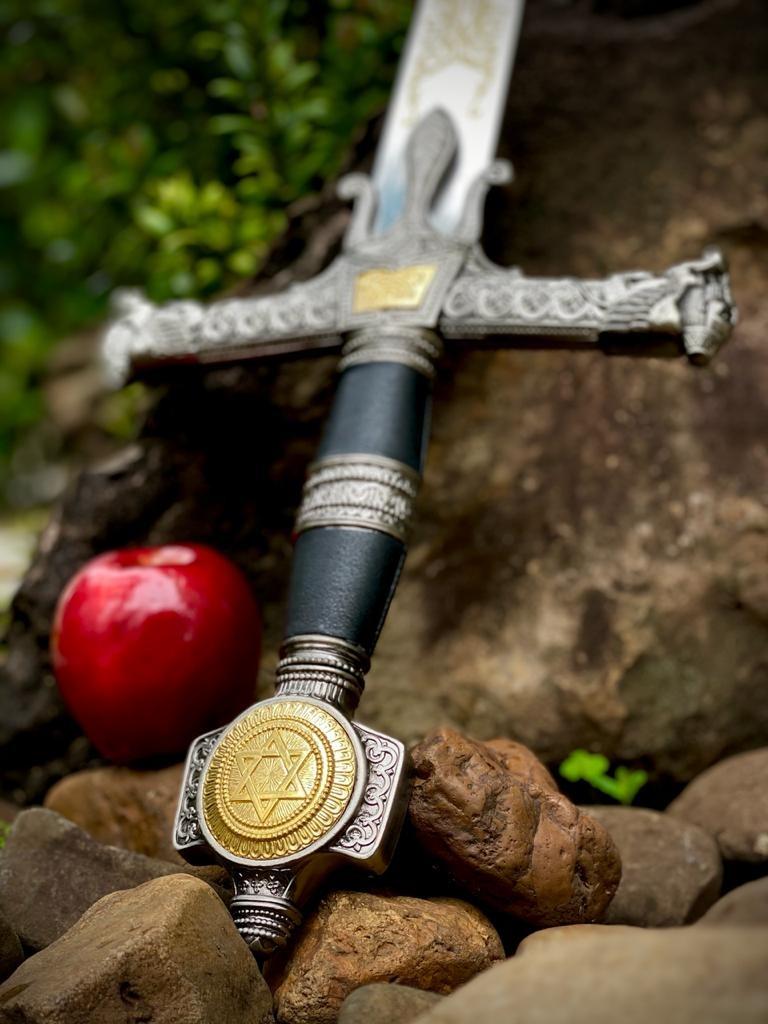 Espada Rei Salomão Com Suporte (123cm) (Preto)