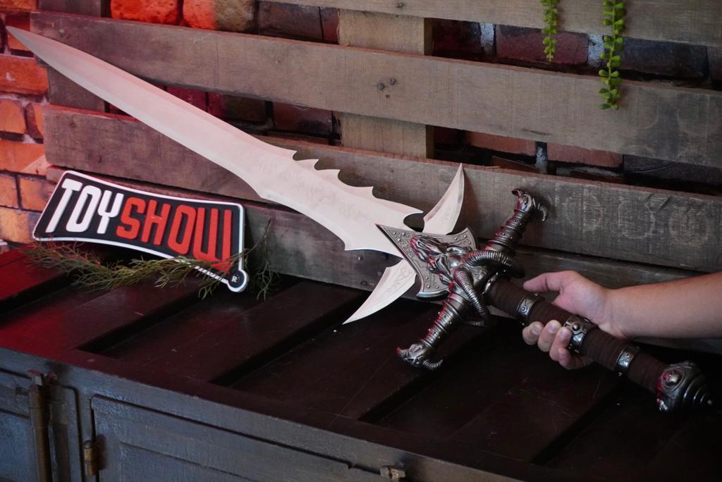 Espada World Of Warcraft: Frostmourne com Suporte (SF5838)