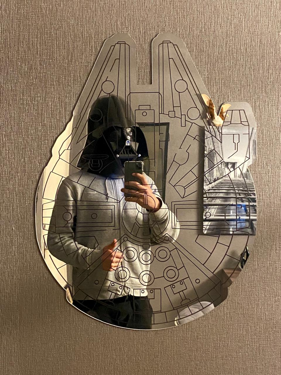 Espelho Acrílico Millennium Falcon: Star Wars (Disney)
