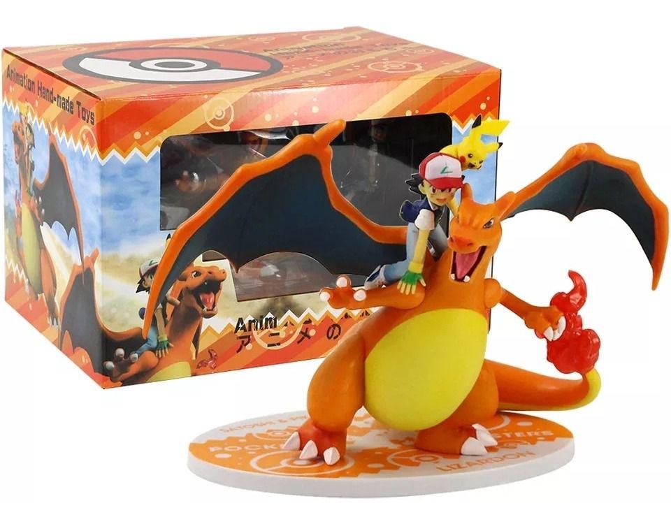 Estátua: Ash e Charizard (Pokémon)