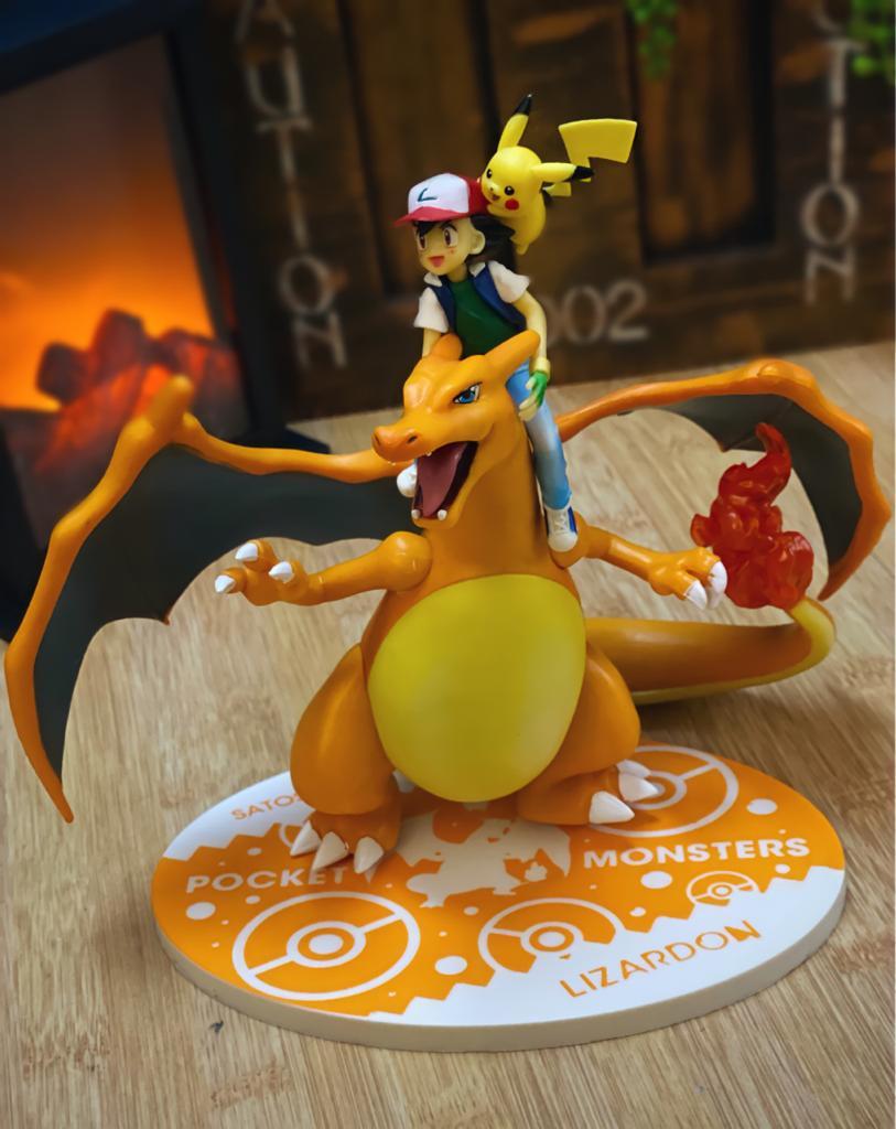Estátua Ash Pikachu e Charizard Pokémon Pocket Monsters 16 cm - Anime Mangá