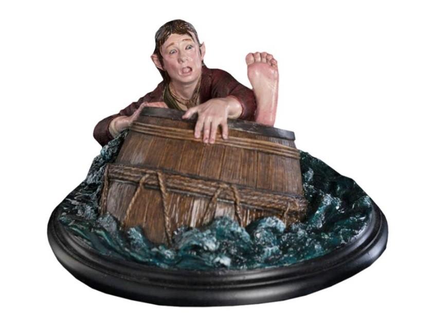 Estátua Bilbo: The Hobbit Baggins Barrel Rider Escala 1/6 - Weta - CD