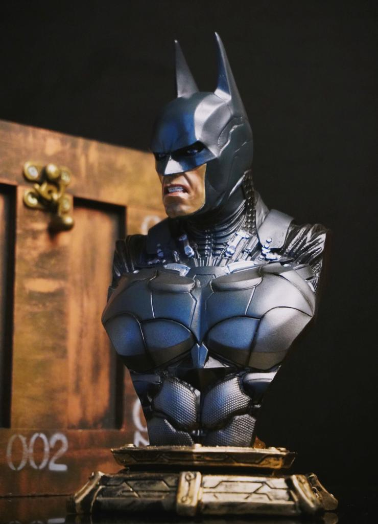 Estátua Busto Batman: Batman Arkham Knight DC Comics
