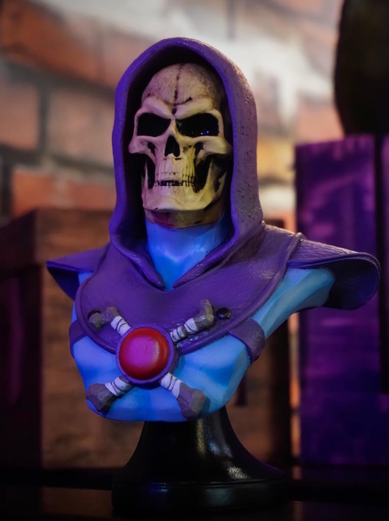 Estátua Busto Esqueleto Skeletor: He-Man e os Mestres do Universo Master of the Universe - EV