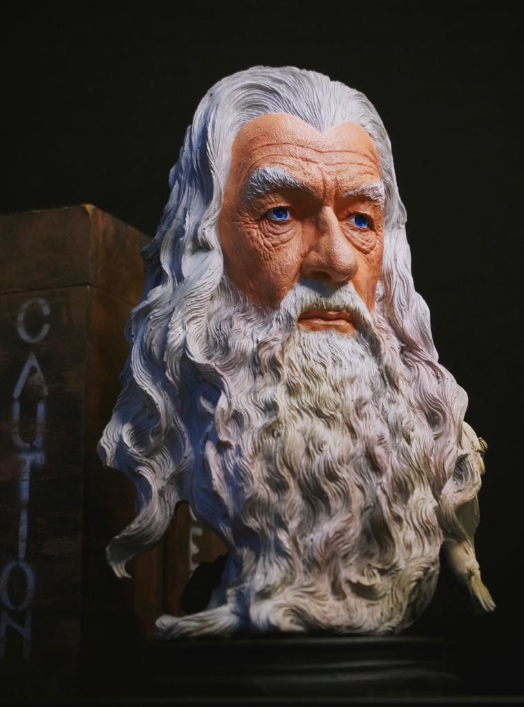 Estátua Busto Gandalf O Branco O Senhor Dos Anéis The Lord Of The Rings