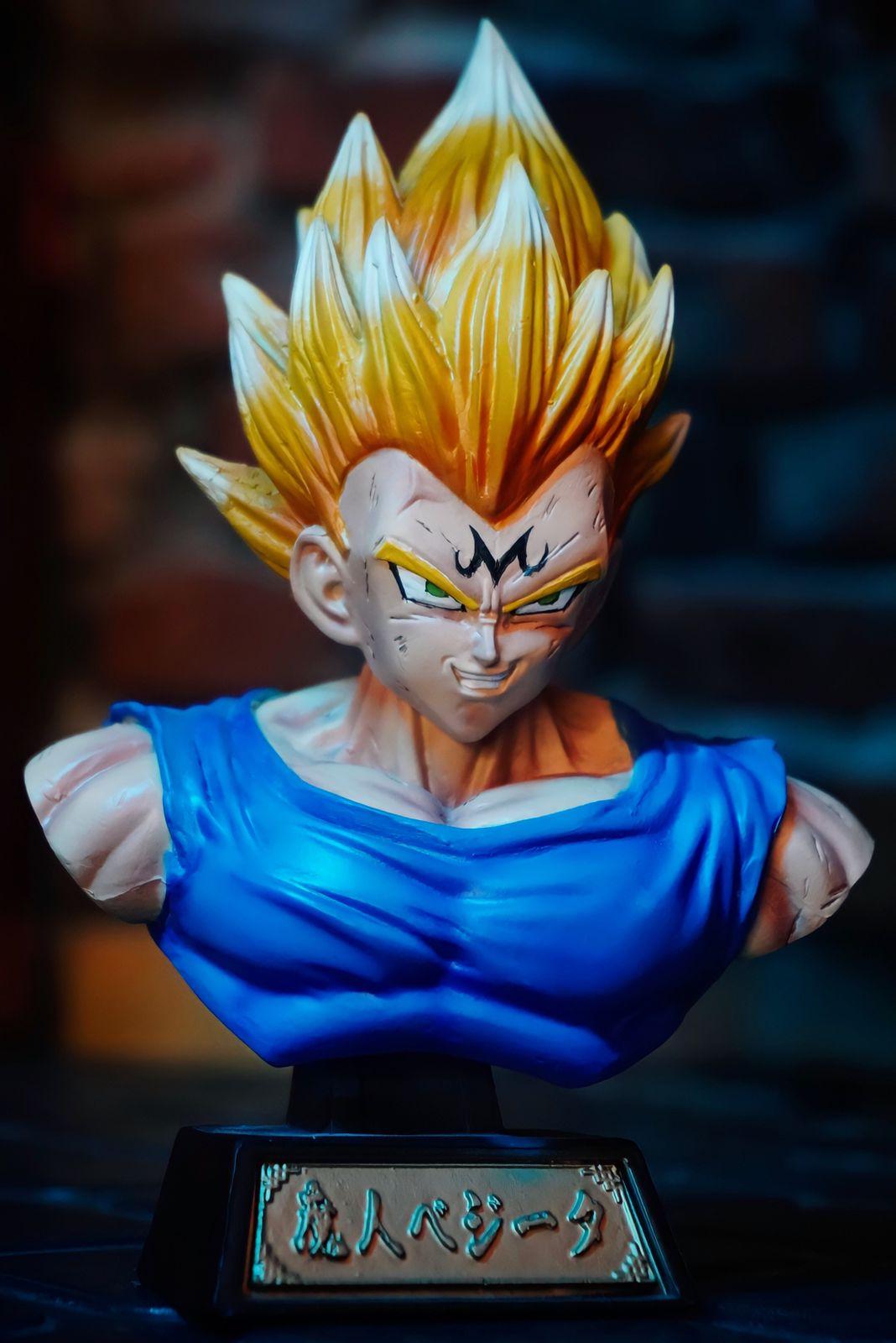 Estátua Busto Vegeta Super Saiyajin: Dragon Ball Z Anime Mangá - EV
