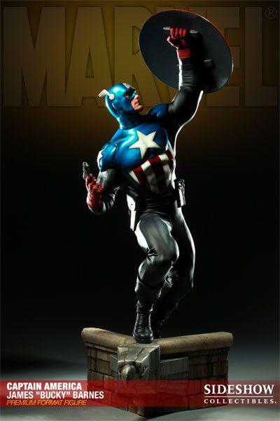 """Estátua Capitão América James """"Bucky"""" Barnes (Captain America): Marvel Comics (Premium Format) - Sideshow"""