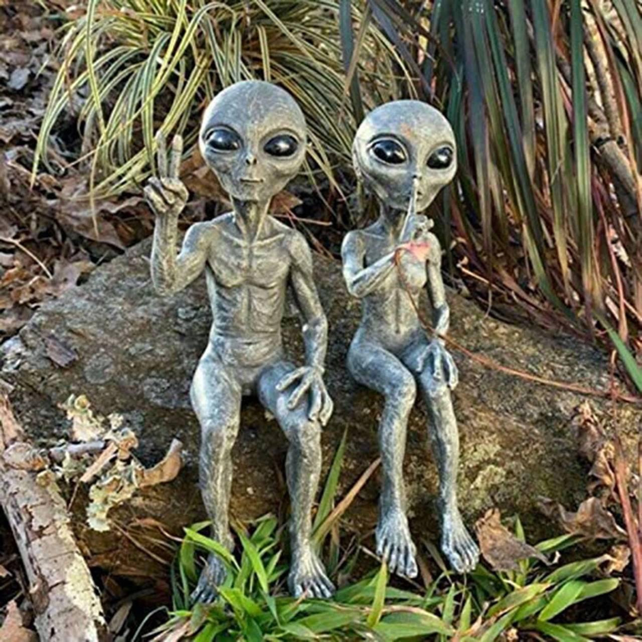 Estátua Casal Alien Modern Art Resin 20 Cm - EV