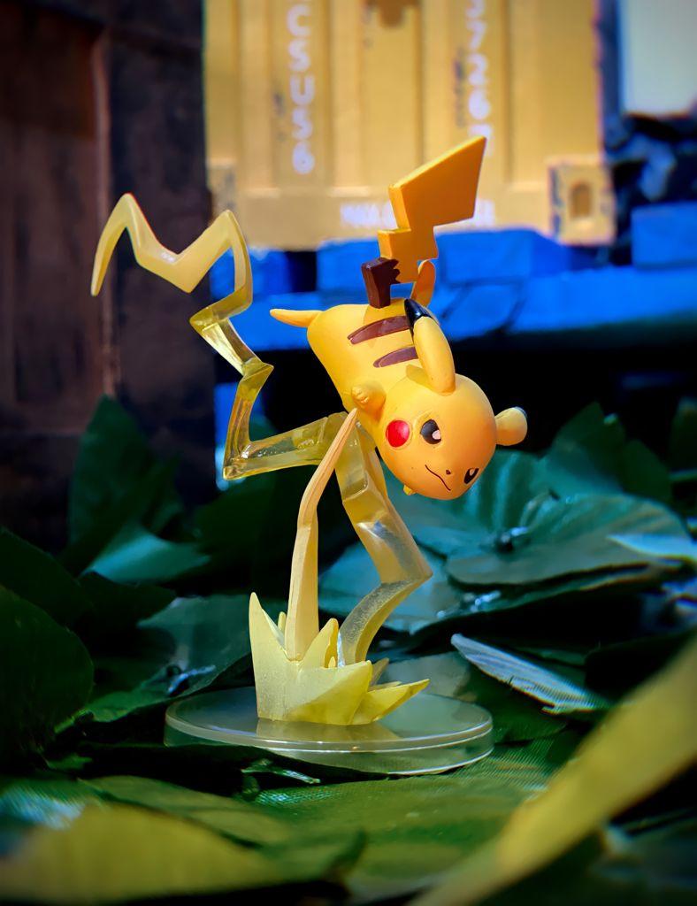 Estátua Colecionável Pikachu: Pokémon - EVALI