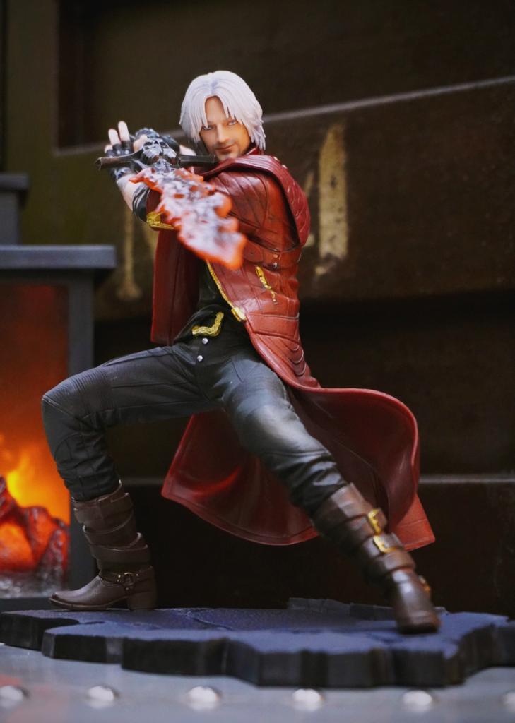 Estátua Dante Caçador de Demônios Devil May Cry 5 Escala1/8