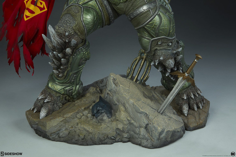 Estátua Doomsday Maquette: Dc Comics Collect - Sideshow
