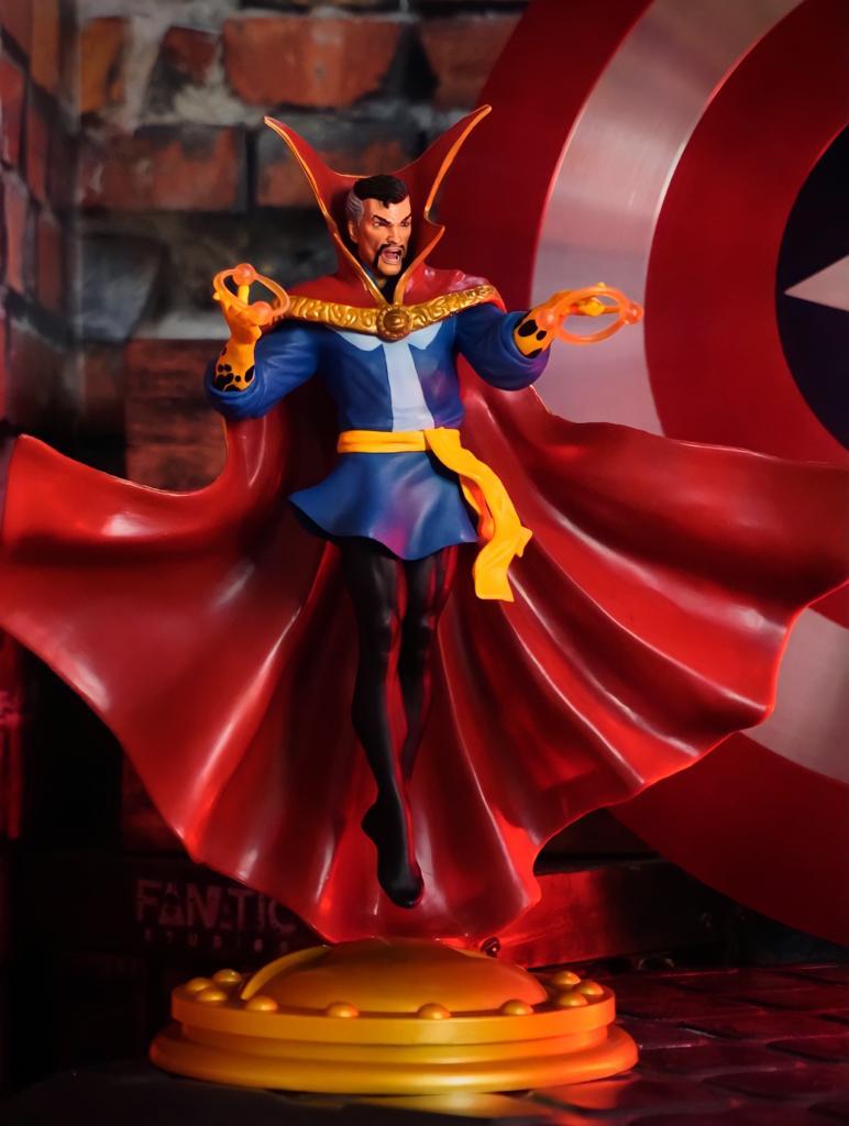 Estátua Doutor Estranho (Doctor Strange): Marvel Gallery - Diamond Select