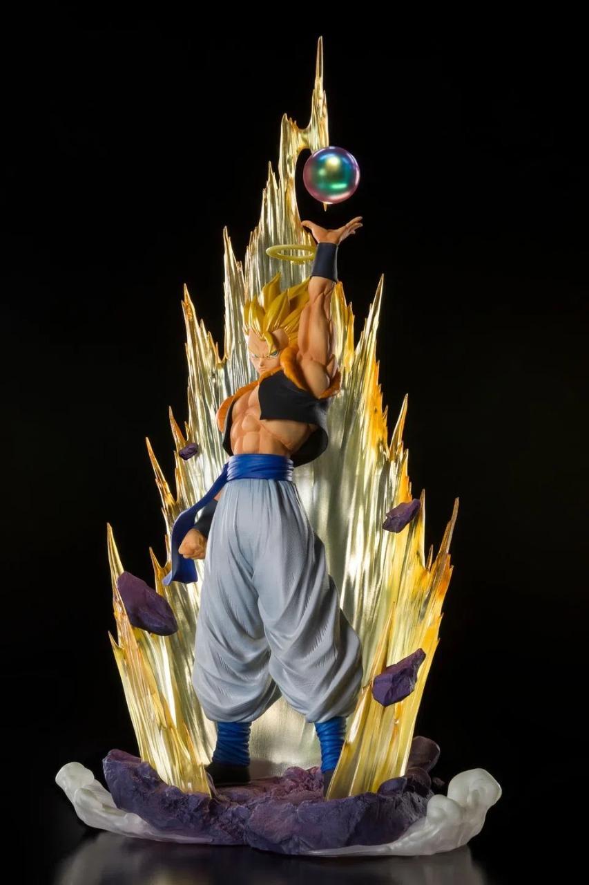 Estátua Gogeta Super Saiyajin Fusion Reborn: Dragon Ball Z Extra Battle Figuarts Zero - Bandai - Anime Mangá