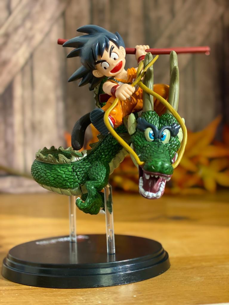 Estátua Goku e Shenlong: Dragon Ball Clássico