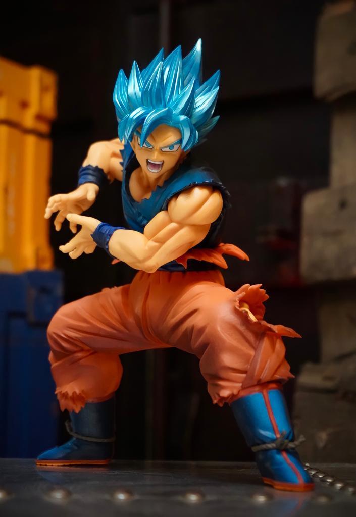 Estátua Goku Super Sayajin Blue: Dragon Ball Super (Maximatic)  Anime Mangá - Banpresto