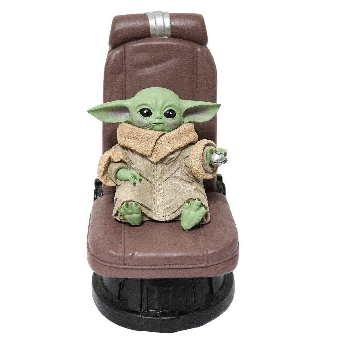 Estátua Grogu Baby Yoda na Cadeira Poltrona The Mandalorian Star Wars Escala 1/12 - EVALI