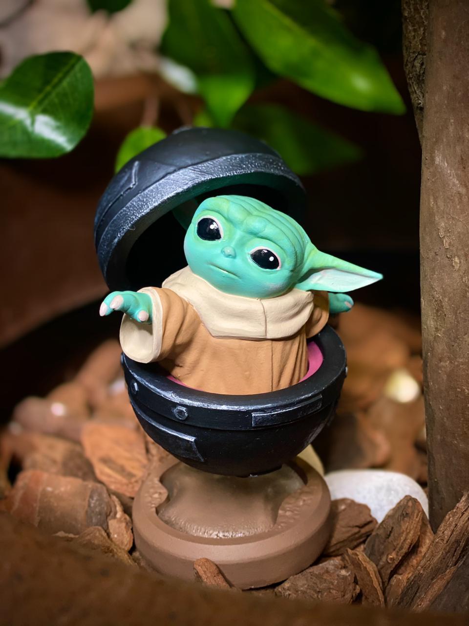 Estátua Grogu Baby Yoda: O Mandaloriano The Mandalorian Star Wars