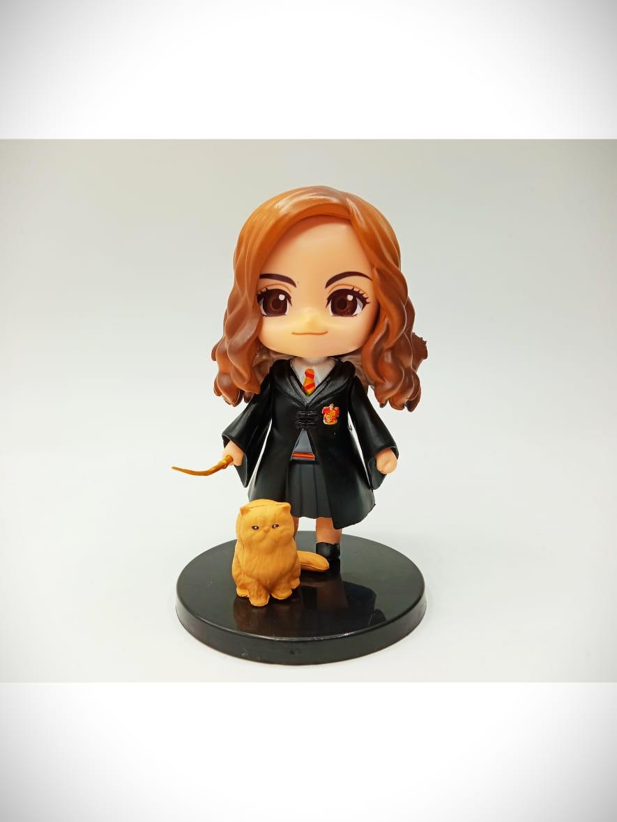 Estátua Hermione Granger e Bichento (Qposket): Harry Potter
