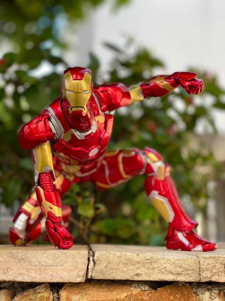 Estátua Homem de Ferro (Iron Man)