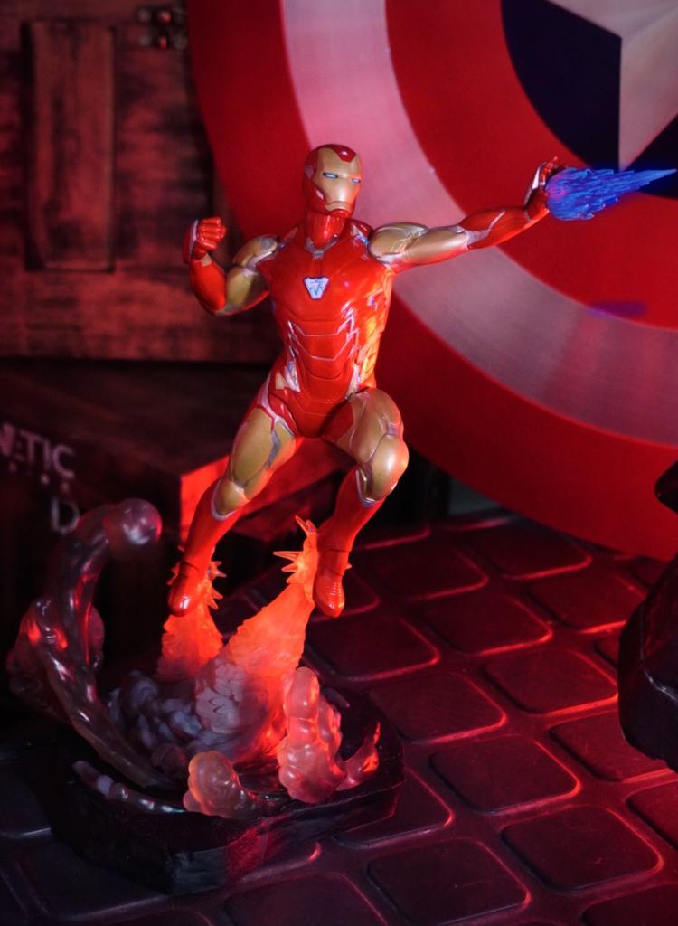 Estátua Homem de Ferro (Iron Man Mark LXXXV): Vingadores Ultimato (Avengers Endgame) Marvel Gallery - Diamond Select Toys