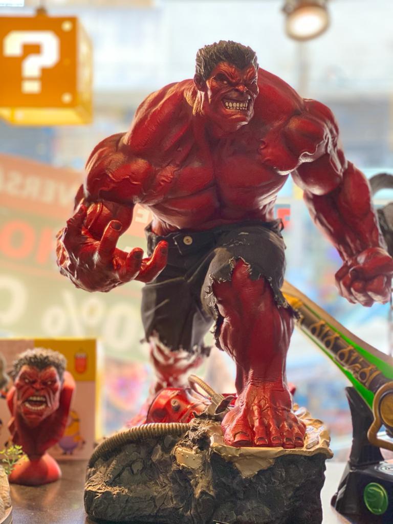 Estátua Hulk Vermelho: Marvel  Escala 1/3 (Exclusivo)