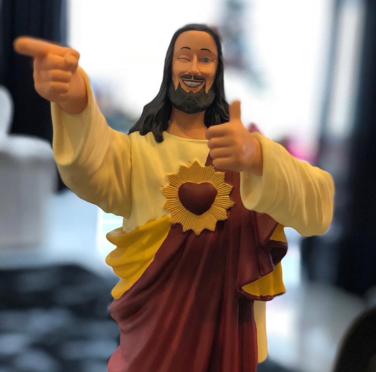 Estátua Jesus Maneiro - Fanatic Studios