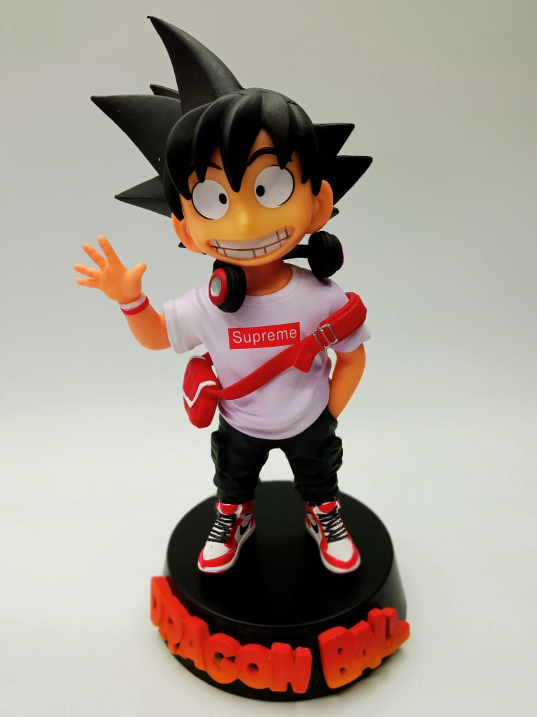 Estátua Kid (Criança) Son Goku ''Supreme Branco'': Dragon Ball