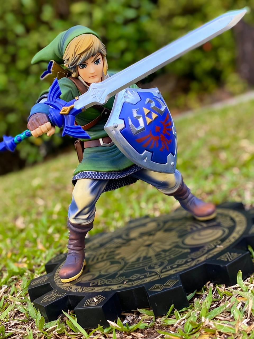 Estátua Link: The Legend of Zelda Skyward Sword (Escala 1/7)
