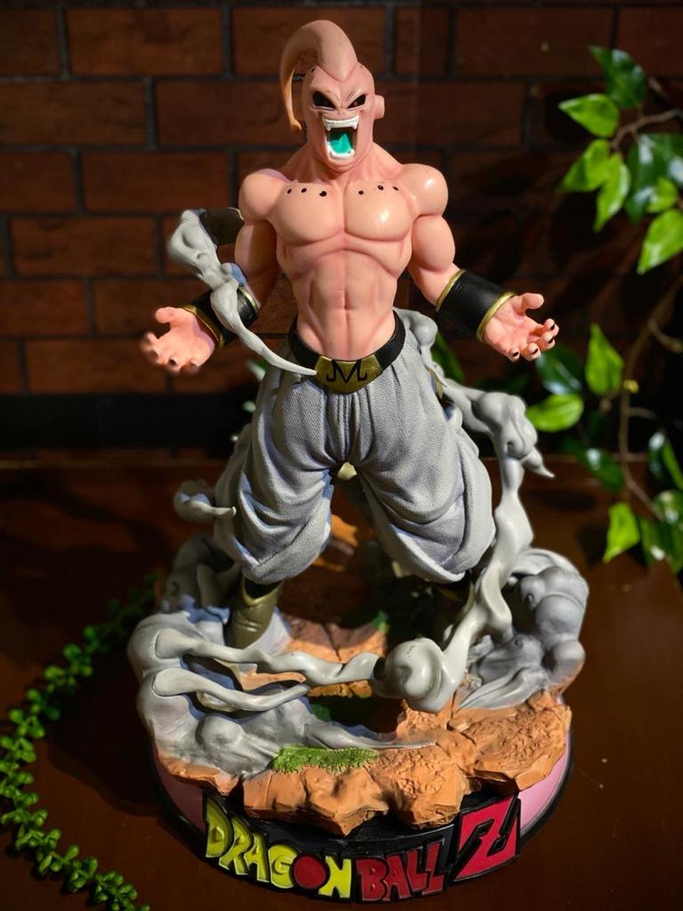 Estátua Majin Buu: Dragon Ball Z 46 Cm