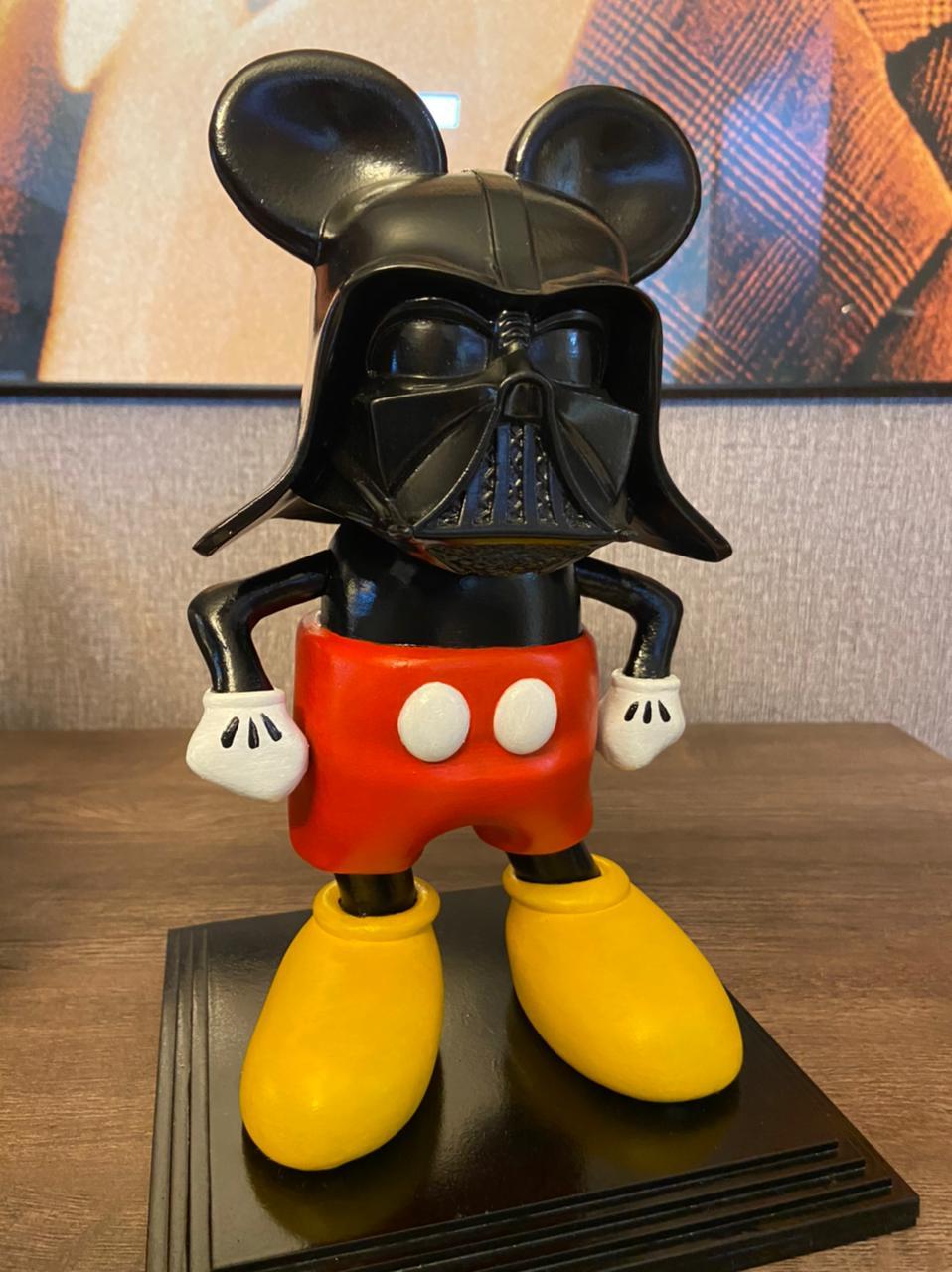 Estátua Mickey Vader By Russ