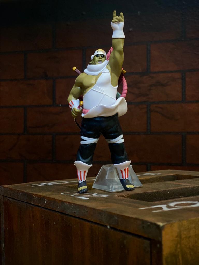 Estátua Mini Figura Killer Bee: Naruto Shippuden 12 cm - Anime Mangá