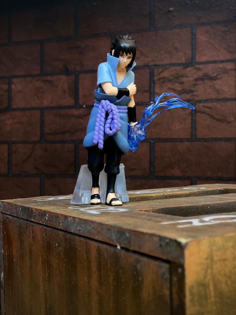 Estátua Mini Figura Sasuke Uchiha: Naruto Shippuden 12 cm - Anime Mangá