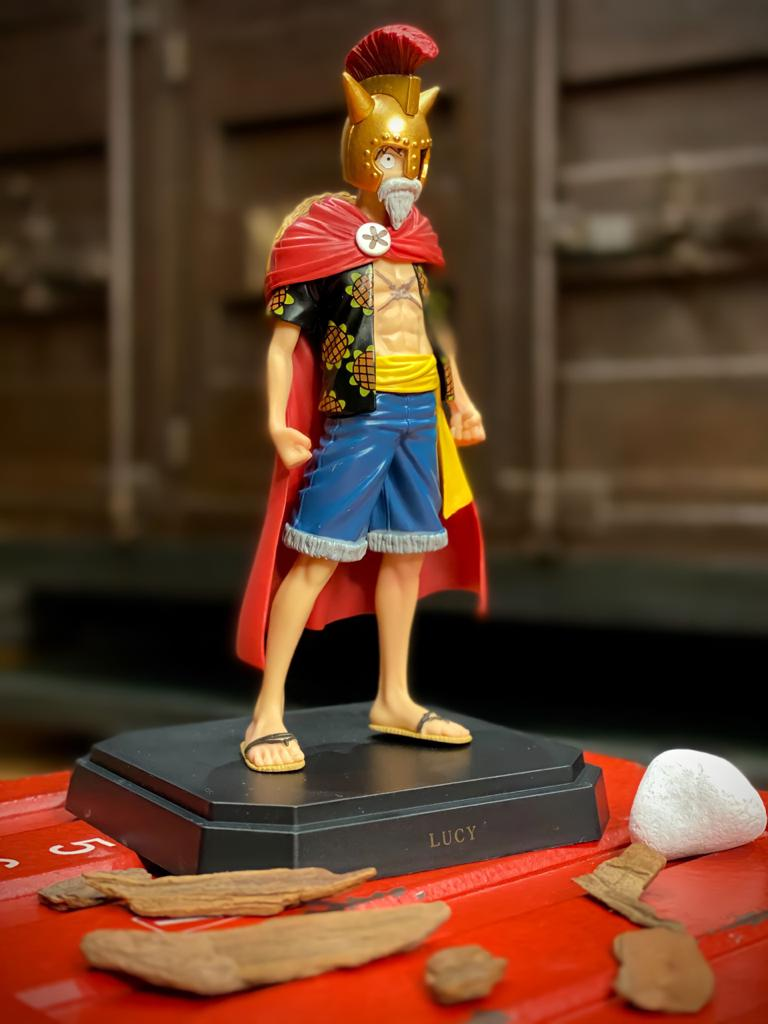 Estátua Monkey D. Luffy: One Piece Gladiador Lucy (Gladiator Lucy) Dressrosa