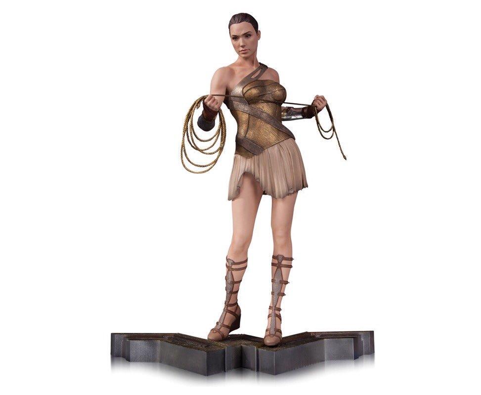 PRÉ VENDA: Estátua Mulher Maravilha (Wonder Woman): Equipamento de Treino (Training Outfit) Filme Escala 1/6 - DC Collectibles